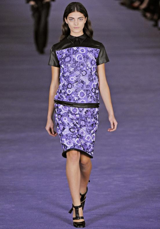 Christopher_Kane-designer-disenador-londres-london-versus-versace-modaddiction-estilo-look-style-moda-fashion-trends-tendencias-design-diseno-christopher-kane-FW-2012