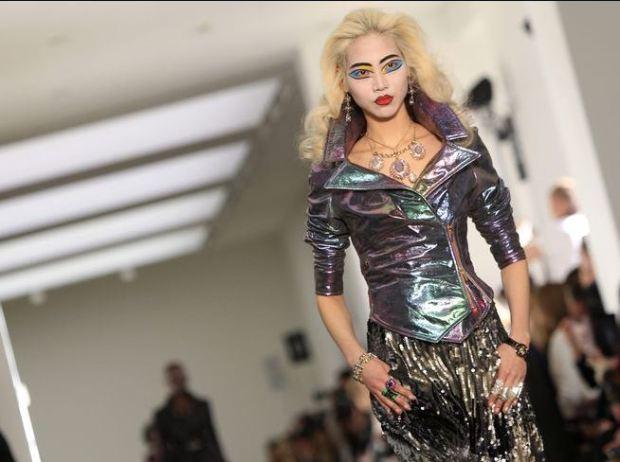 london-fashion-week-semana-moda-londres-modaddiction-trends-tendencias-estilo-style-look-design-diseno-pasarela-desfile-runway-catwalk-2