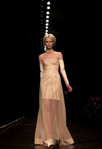 london-fashion-week-semana-moda-londres-modaddiction-trends-tendencias-estilo-style-look-design-diseno-pasarela-desfile-runway-catwalk-6