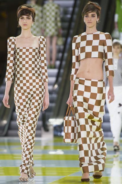 louis-vuitton-primavera-verano-2013-spring-summer-2013-coleccion-collection-modaddiction-estilo-looks-people-estrellas-celebrities-marc-jacobs-moda-fashion-tendencias-kirsten-dunst-2