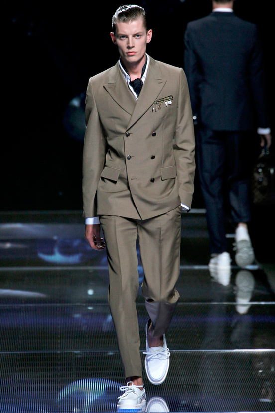 moda-hombre-tendencias-primavera-verano-2013-fashion-man-menswear-trends-spring-summer-2013-modaddiction-color-estilo-style-must-have-chic-casual-colour-louis-vuitton