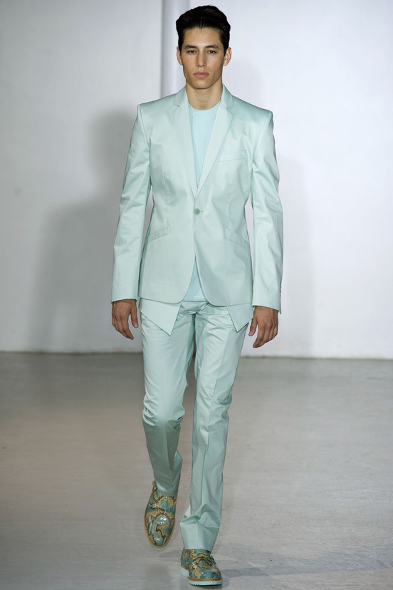 moda-hombre-tendencias-primavera-verano-2013-fashion-man-menswear-trends-spring-summer-2013-modaddiction-color-estilo-style-must-have-chic-casual-colour-mugler