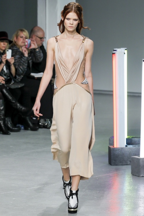 new-york-fashion-week-fall-winter-2013-2014-nueva-york-semana-moda-otono-invierno-2013-2014-modaddiction-trends-tendencias-desfile-runway-rodarte-5