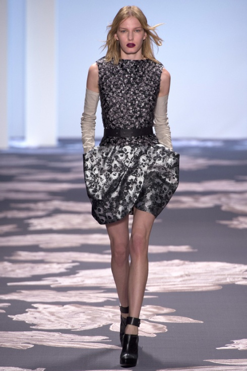 new-york-fashion-week-fall-winter-2013-2014-nueva-york-semana-moda-otono-invierno-2013-2014-modaddiction-trends-tendencias-desfile-runway-vera-wang-4