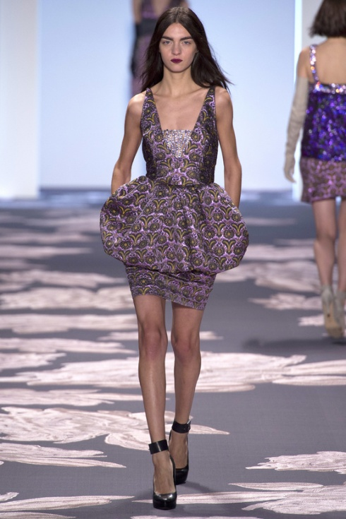 new-york-fashion-week-fall-winter-2013-2014-nueva-york-semana-moda-otono-invierno-2013-2014-modaddiction-trends-tendencias-desfile-runway-vera-wang-5