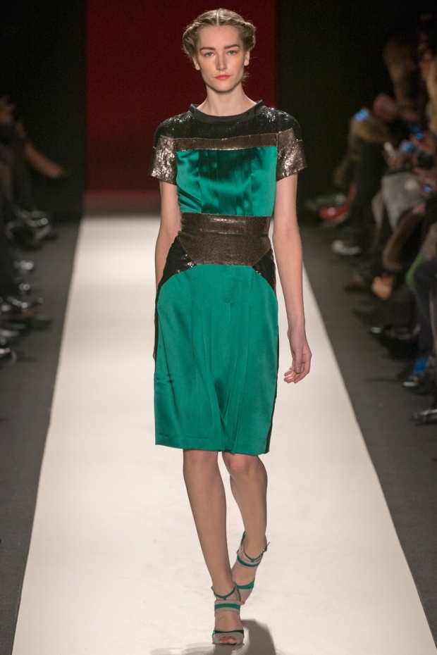 new-york-versus-europe-nueva-york-europa-paris-modaddiction-fashion-week-semana-moda-desile-pasarela-runway-catwalk-trends-tendencias-disenador-designer-lujo-luxury-carolina-herrera