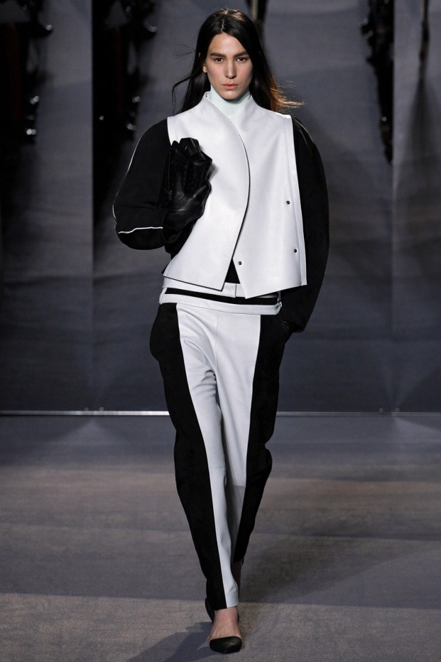 new-york-versus-europe-nueva-york-europa-paris-modaddiction-fashion-week-semana-moda-desile-pasarela-runway-catwalk-trends-tendencias-disenador-designer-lujo-luxury-proenza-schoulder