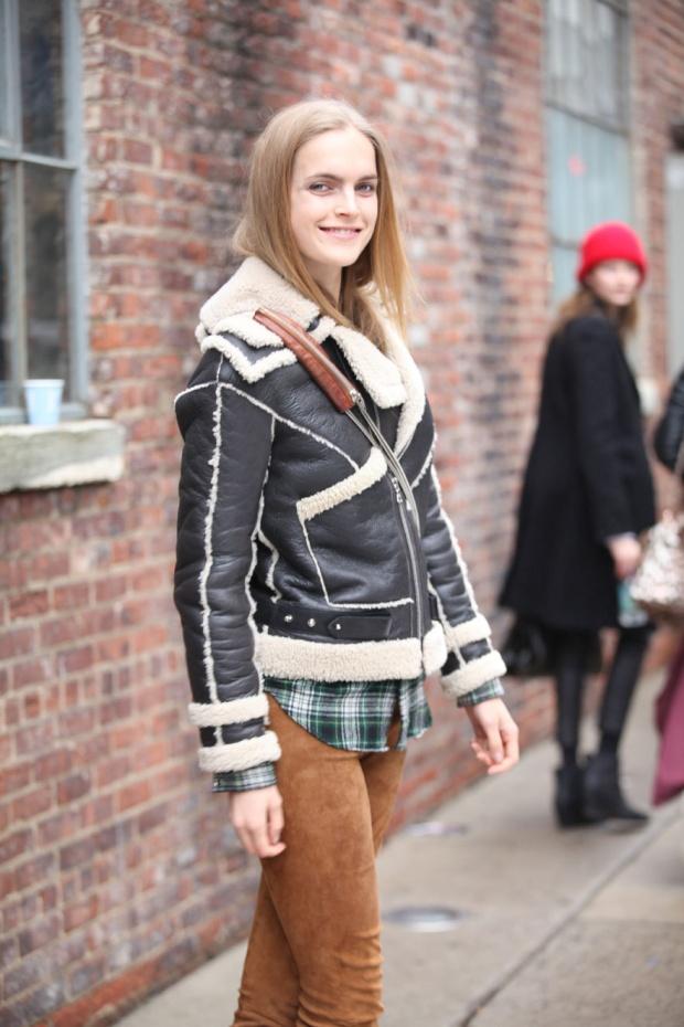 Street-style-NYFW-street-looks-new-york-fashion-week-nueva-york-semana-moda-calle-modaddiction-look-estilo-style-moda-fashion-trends-tendencias-12