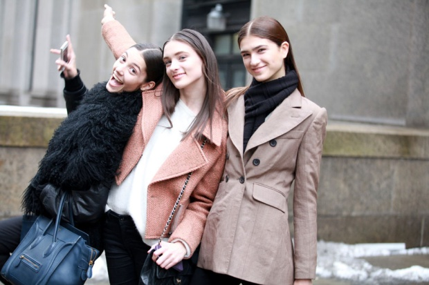 Street-style-NYFW-street-looks-new-york-fashion-week-nueva-york-semana-moda-calle-modaddiction-look-estilo-style-moda-fashion-trends-tendencias-15