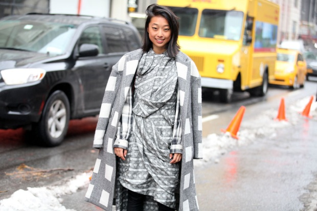 Street-style-NYFW-street-looks-new-york-fashion-week-nueva-york-semana-moda-calle-modaddiction-look-estilo-style-moda-fashion-trends-tendencias-17