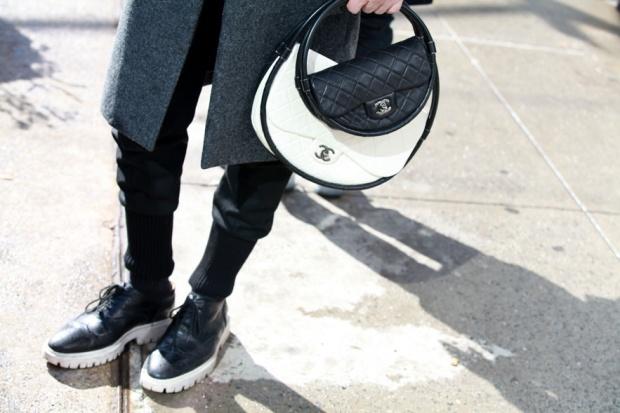 Street-style-NYFW-street-looks-new-york-fashion-week-nueva-york-semana-moda-calle-modaddiction-look-estilo-style-moda-fashion-trends-tendencias-19