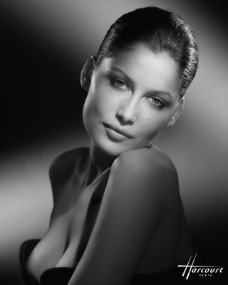 studio-harcourt-photography-fotografia-artista-artist-moda-fashion-cine-cinema-music-musica-moda-fashion-art-arte-francia-france-people-estrellas-famosos-Laetitia-Casta
