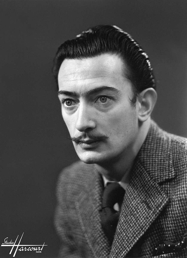 studio-harcourt-photography-fotografia-artista-artist-moda-fashion-cine-cinema-music-musica-moda-fashion-art-arte-francia-france-people-estrellas-famosos-salvador-dali