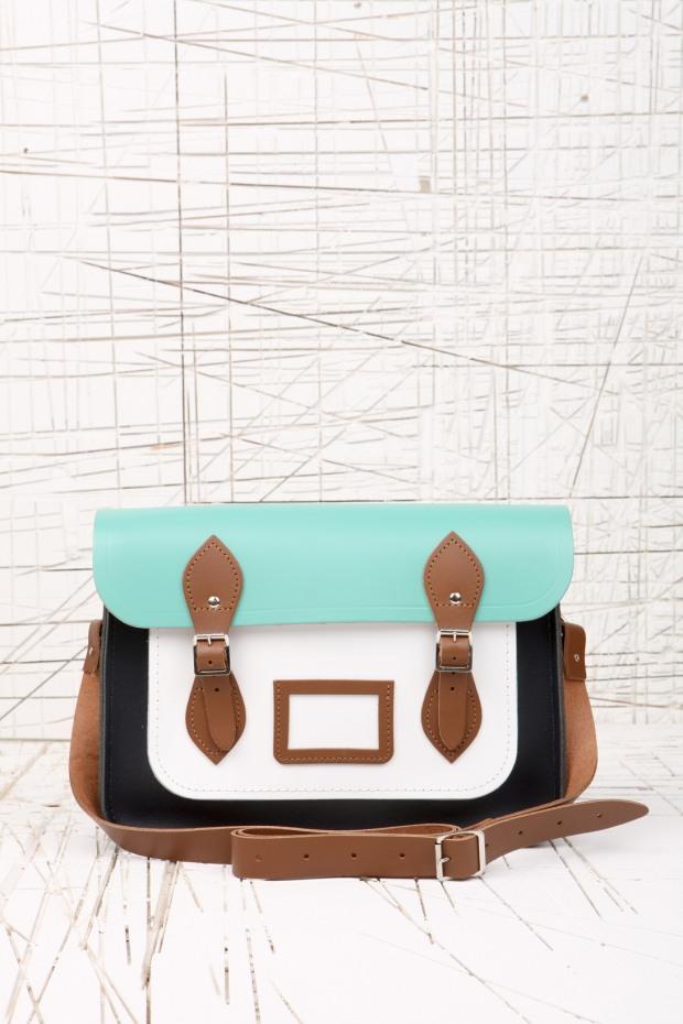 urban-outfitters-complementos-accesorios-accessories-modaddiction-bag-bolso-jewellery-joyas-iphone-moda-fashion-estilo-hipster-style-trends-tendencias-web-shop-online-10