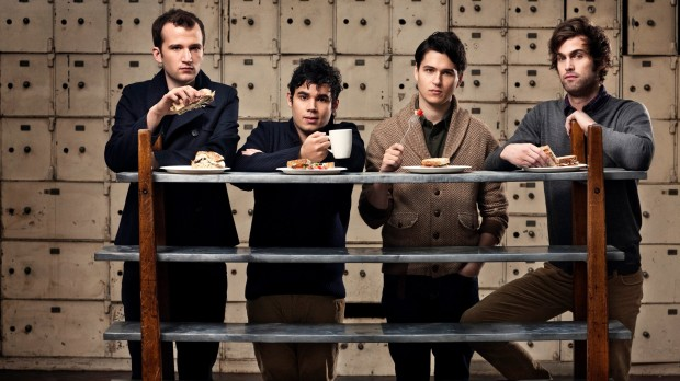 vampire-weekend-music-hipster-musica-album-disco-modaddiction-new-york-nueva-york-trends-tendencias-culture-cultura-moda-fashion-style-estilo-art-arte-3