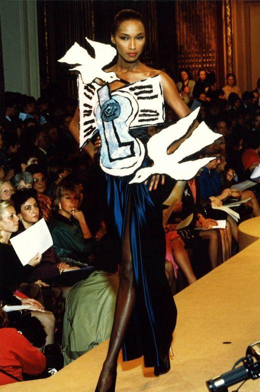 african-queen-numero-magazine-ondria-haring-polemica-white-model-black-blanca-modelo-negra-modaddiction-moda-fashion-desfile-runway-sociedad-katoucha
