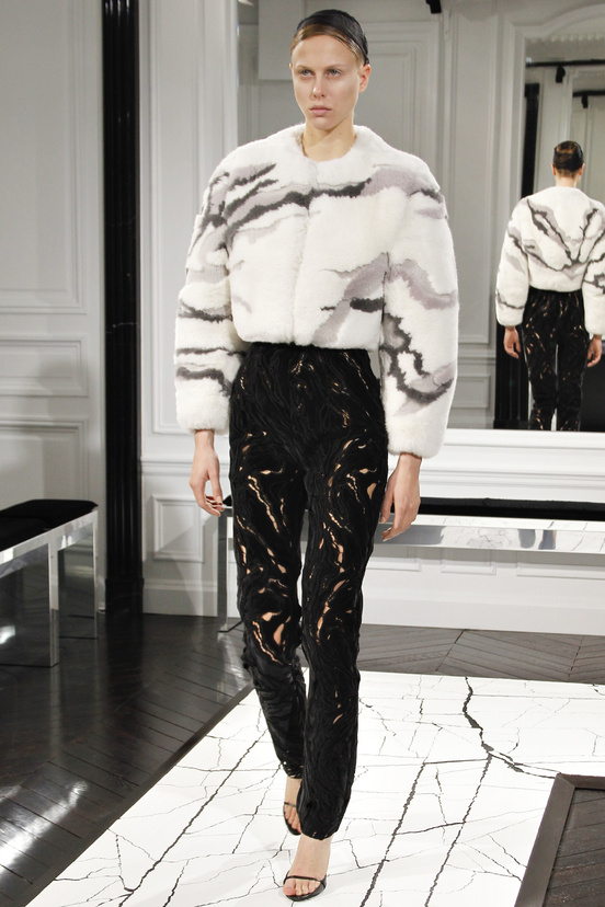 balenciaga-paris-fashion-week-alexander-wang-semana-moda-otono-invierno-2013-fall-autumn-winter-2013-modaddiction-cristobal-balenciaga-desfile-runway-catwalk-pasarela-trends-13