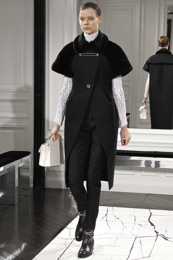 balenciaga-paris-fashion-week-alexander-wang-semana-moda-otono-invierno-2013-fall-autumn-winter-2013-modaddiction-cristobal-balenciaga-desfile-runway-catwalk-pasarela-trends-tendencias-1