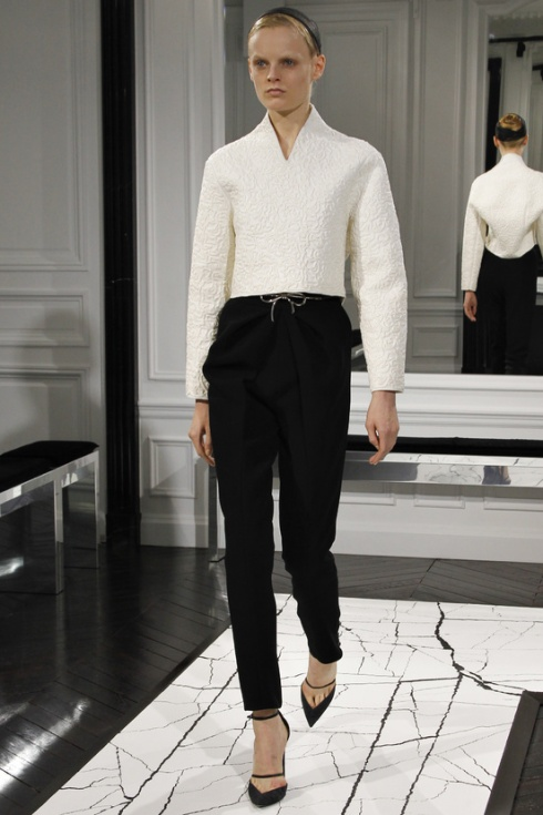 balenciaga-paris-fashion-week-alexander-wang-semana-moda-otono-invierno-2013-fall-autumn-winter-2013-modaddiction-cristobal-balenciaga-desfile-runway-catwalk-pasarela-trends-tendencias-4
