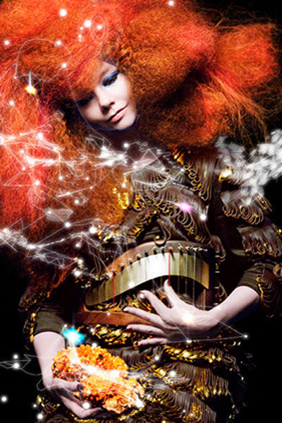 björk-estilo-stylelook-vanguardista-cantante-singer-music-musica-modaddiction-culture-cultura-fotografia-photography-diseno-design-moda-fashion-trends-tendencias-1