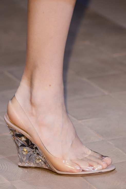 calzado-shoes-footwear-zapatos-primavera-verano-2013-spring-summer-2013-modaddiction-pasarela-fashion-week-runway-moda-fashion-tendencias-cunas-valentino