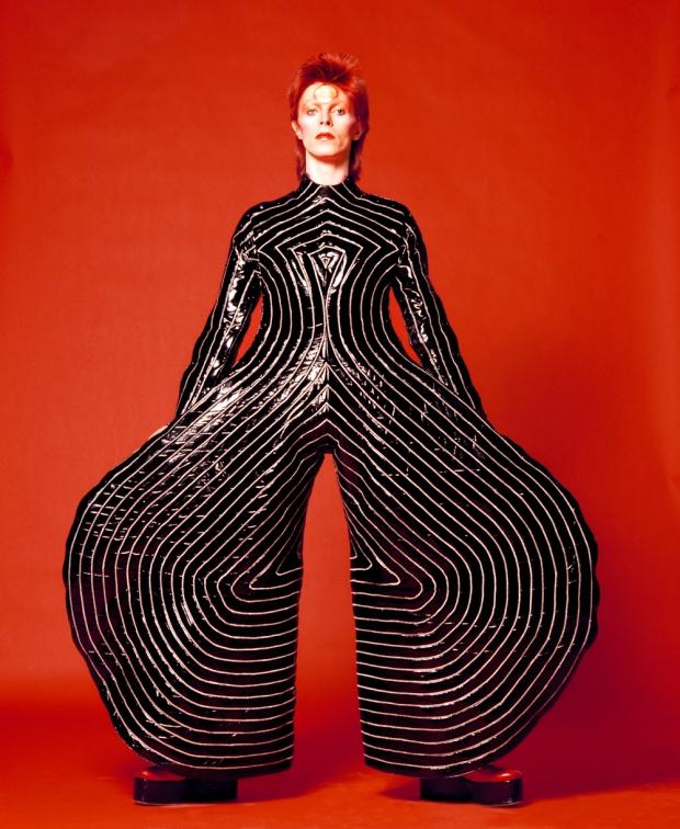 david-bowie-is-victoria-albert-museum-museo-modaddiction-exposicion-exhibition-arte-art-music-musica-cultura-cultura-moda-fashion-foto-photo-londres-london-1