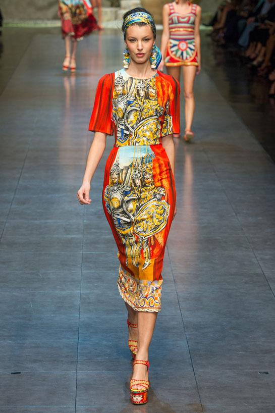 fashion-week-desfile-pasarela-red-carpet-alfombra-roja-modaddiction-estrella-star-people-famosa-cinema-cine-music-musica-moda-fashion-trends-tendencias-dolce-&-gabbana
