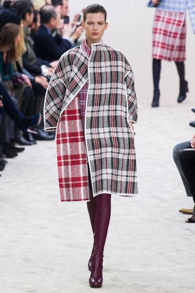 looks-locos-fashion-week-orginales-estilo-style-crazy-semana-moda-modaddiction-pasarela-desfile-runway-catwalk-paris-londres-london-nueva-york-new-york-céline