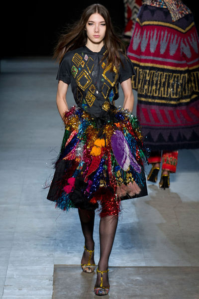 looks-locos-fashion-week-orginales-estilo-style-crazy-semana-moda-modaddiction-pasarela-desfile-runway-catwalk-paris-londres-london-nueva-york-new-york-libetine