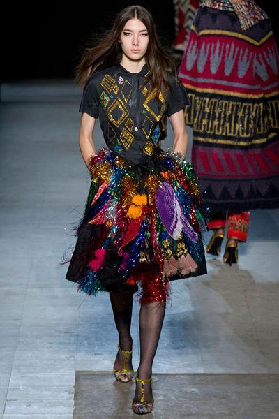 looks-locos-fashion-week-orginales-estilo-style-crazy-semana-moda-modaddiction-pasarela-desfile-runway-catwalk-paris-londres-london-nueva-york-new-york-libetine