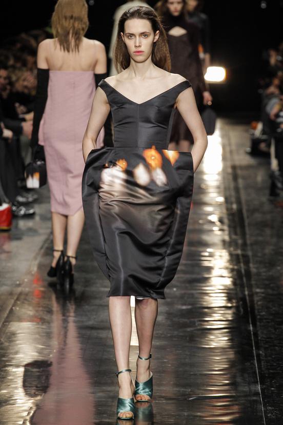 paris-fashion-week-35-siluestas-mejores-estilos-best-looks-paris-semana-moda-modaddiction-desfile-pasarela-runway-catwalk-trends-tendencias-style-luje-luxe-carven