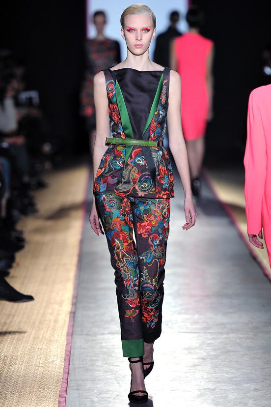 paris-fashion-week-35-siluestas-mejores-estilos-best-looks-paris-semana-moda-modaddiction-desfile-pasarela-runway-catwalk-trends-tendencias-style-luje-luxe-cédric-charlier