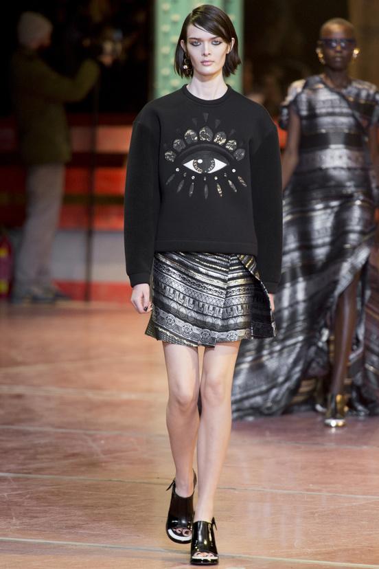 paris-fashion-week-35-siluestas-mejores-estilos-best-looks-paris-semana-moda-modaddiction-desfile-pasarela-runway-catwalk-trends-tendencias-style-luje-luxe-kenzo