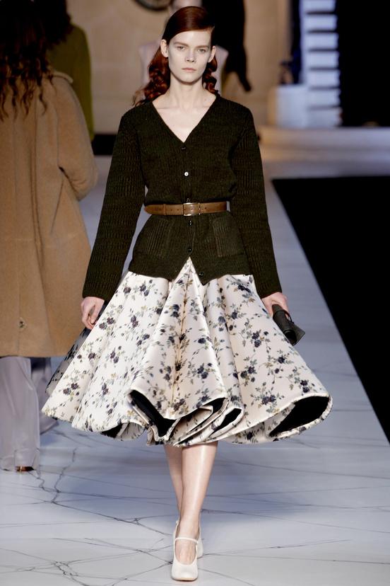 paris-fashion-week-35-siluestas-mejores-estilos-best-looks-paris-semana-moda-modaddiction-desfile-pasarela-runway-catwalk-trends-tendencias-style-luje-luxe-rochas
