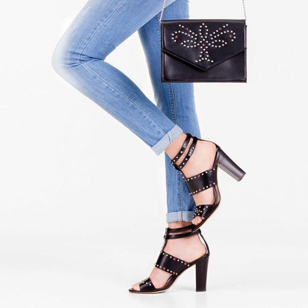 stradivarius_limited_edition_spring_summer_collection_primavera_verano_accessories_bags_sandals_sandalias_accesorios_modaddiction-8