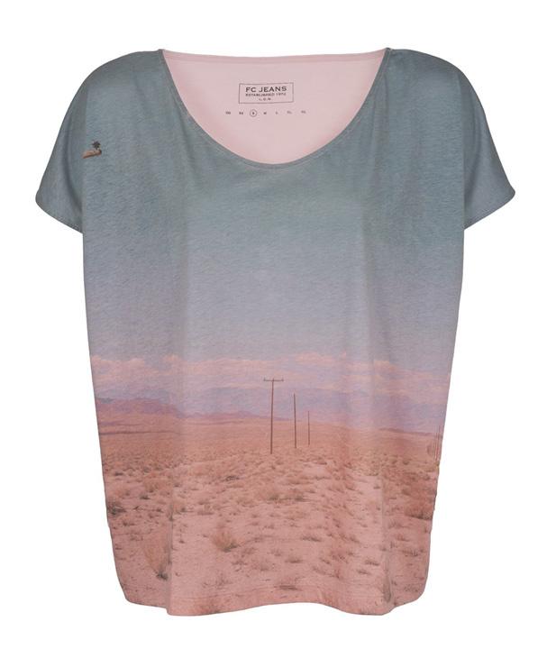 tendencias-surrealista-trends-arty-fotografia-photography-modaddiction-camiseta-t-shirt-camisa-shirt-jeans-moda-fashion-hipster-look-estilo-style-french-connection