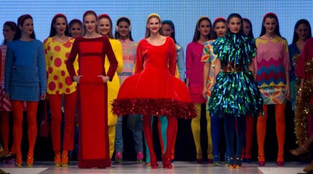agatha-ruiz-de-la-prada-greatest-hits-libro-book-modaddiction-designer-disenador-moda-fashion-design-diseno-trends-tendencias-spain-espana-4