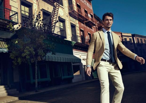 david-gandy-top-model-man-hombre-estilo-style-gentleman-chic-casual-sexy-elegante-modaddiction-cover-magazine-revista-moda-fashion-trends-tendencias-modelo-massimo-dutti