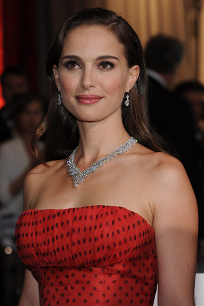 estilo-famosos-style-people-celebs-estrellas-stars-celebrities-modaddiction-chic-casual-moda-fashion-look-cine-cinema-cantante-actor-natalie-portman