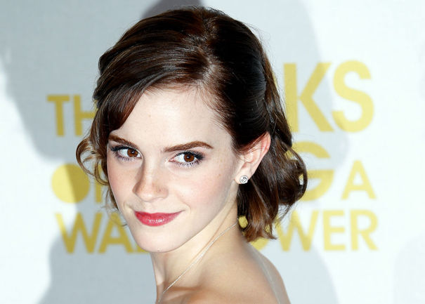 festival-cannes-2013-cine-cinema-seleccion-oficial-selection-official-modaddiction-glamour-film-movie-pelicula-stars-estrellas-actriz-actor-emma-watson