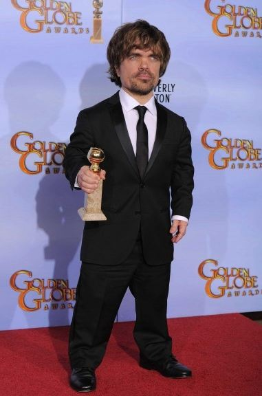 game-of-thrones-juego-de-tronos-serie-tv-show-hbo-modaddiction-red-carpet-alfombra-roja-moda-fashion-star-actor-actress-actriz-Peter-Dinklage-Tyrion-Lannister-2