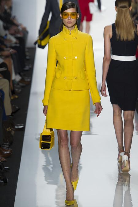 i-colores-it-colours-primavera-verano-2013-spring-summer-2013-estilo-style-look-modaddiction-trends-tendencias-moda-fashion-week-pasarela-amarillo-yellow-michael-kors-1