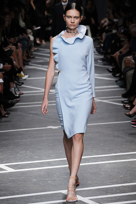 i-colores-it-colours-primavera-verano-2013-spring-summer-2013-estilo-style-look-modaddiction-trends-tendencias-moda-fashion-week-pasarela-azul-blue-givenchy-1