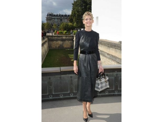 lady-dior-christian-dior-it-bag-it-bolso-complemento-accessories-accesorio-handbag-modaddiction-moda-fashion-famosas-star-people-estrellas-trends-tendencias-alice-taglioni
