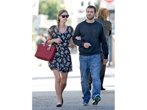 lady-dior-christian-dior-it-bag-it-bolso-complemento-accessories-accesorio-handbag-modaddiction-moda-fashion-famosas-star-people-estrellas-trends-tendencias-nicki-hilton