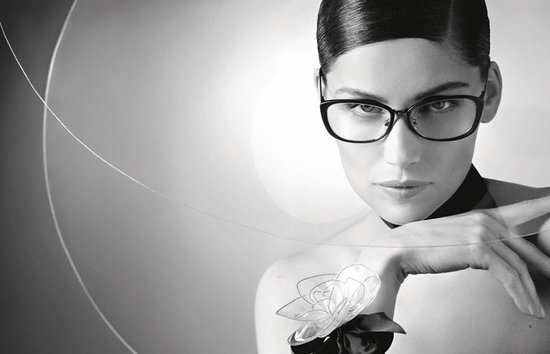 Laetitia-Casta-Chanel-karl-lagerfeld-gafas-sol-glasses-sunglasses-eyewear-modaddiction-primavera-verano-2013-spring-summer-2013_moda-fashion-trends-tendencias-2