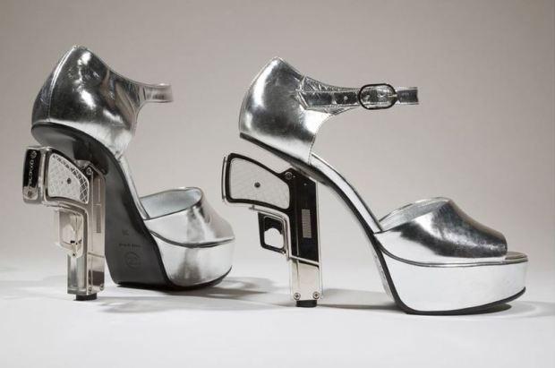 shoes-obsession-exposicion-exhibition-libro-book-zapatos-footwear-calzado-modaddiction-designer-disenador-culture-cultura-moda-fashion-chanel