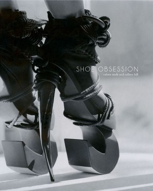 shoes-obsession-exposicion-exhibition-libro-book-zapatos-footwear-calzado-modaddiction-designer-disenador-culture-cultura