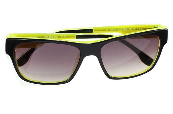 dan-flavin-moda-fluor-fashion-neon-design-diseno-arte-art-tendencia-trends-modaddiction-artista-artist-luz-lights-exposicion-exhibition-fluo-diesel-eyewear-1