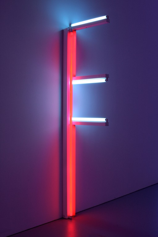 dan-flavin-moda-fluor-fashion-neon-design-diseno-arte-art-tendencia-trends-modaddiction-artista-artist-luz-lights-exposicion-exhibition-fluo-petit-bateau-1
